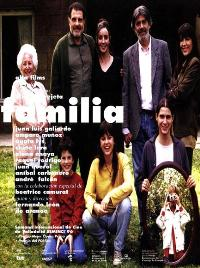Family - 11 x 17 Movie Poster - Spanish Style A