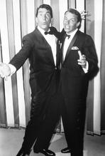 Frank Sinatra - Frank Sinatra Posed with Man on Suit