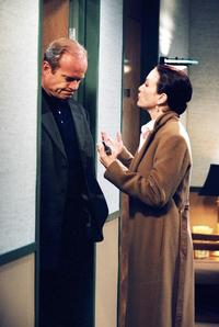Frasier (TV) - 8 x 10 Color Photo #004