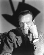 Fred Astaire - Fred Astaire Posed in Black and White Portrait