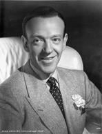 Fred Astaire - Fred Astaire Tap Dancing in Black Shoes