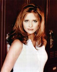 Sarah Michelle Gellar - 8 x 10 Color Photo #4
