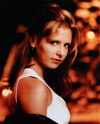 Sarah Michelle Gellar - 8 x 10 Color Photo #5