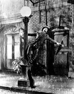 Gene Kelly - Gene Kelly Dancing in the Rain