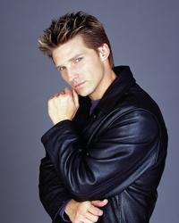 General Hospital - 8 x 10 Color Photo #9