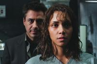 Gothika - 8 x 10 Color Photo #14
