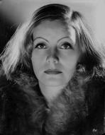 Greta Garbo - Greta Garbo wearing Fur Coat Close Up Portrait