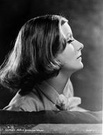 Greta Garbo - Greta Garbo Side view Pose