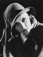 Greta Garbo - Greta Garbo Posed with Huge Hat Portrait