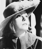 Greta Garbo - Greta Garbo Looking Sideways Portrait