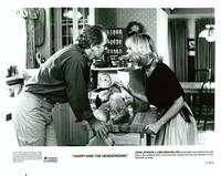 Harry and the Hendersons - 8 x 10 B&W Photo #2