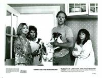 Harry and the Hendersons - 8 x 10 B&W Photo #11