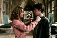 Harry Potter and the Prisoner of Azkaban - 8 x 10 Color Photo #30