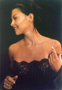 Ashley Judd - 8 x 10 Color Photo #1