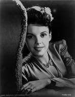 Judy Garland - Judy Garland Posed in Head Shot Portrait