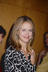 Kelly Preston - 8 x 10 Color Photo #2