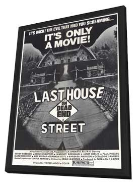 Last House on Dead End Street - 11 x 17 Movie Poster - Style A - in Deluxe Wood Frame