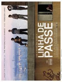 Linha de Passe - 11 x 17 Movie Poster - Style A