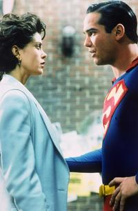 Lois and Clark: The New Adventures of Superman - 8 x 10 Color Photo #1