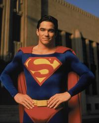 Lois and Clark: The New Adventures of Superman - 8 x 10 Color Photo #3