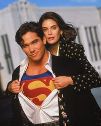 Lois and Clark: The New Adventures of Superman - 8 x 10 Color Photo #36