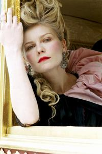 Marie Antoinette - 8 x 10 Color Photo #3
