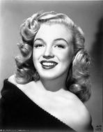 Marilyn Monroe - Marilyn Monroe smiling in Black Portrait