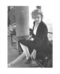 Marilyn Monroe - Art Poster - 24 x 32 - Style C