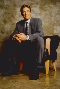 Maury Povich - 8 x 10 Color Photo #2