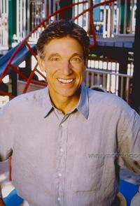 Maury Povich - 8 x 10 Color Photo #4