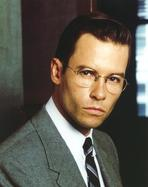 Memento - Guy Pearce in Brown Gown Portrait