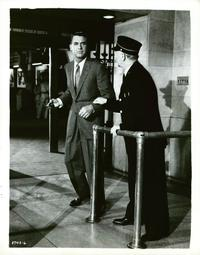 North by Northwest - 8 x 10 B&W Photo #12