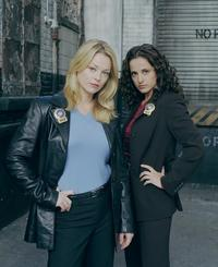NYPD Blue - 8 x 10 Color Photo #19