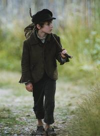 Oliver Twist - 8 x 10 Color Photo #4