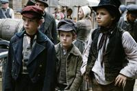 Oliver Twist - 8 x 10 Color Photo #15