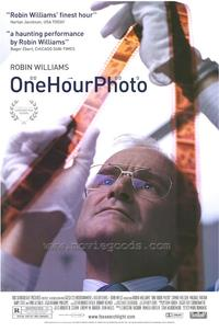 One Hour Photo - 27 x 40 Movie Poster - Style A