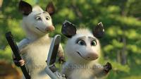 Over the Hedge - 8 x 10 Color Photo #14