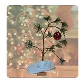 Peanuts - 24-Inch Tree with Ornament and Blanket Display