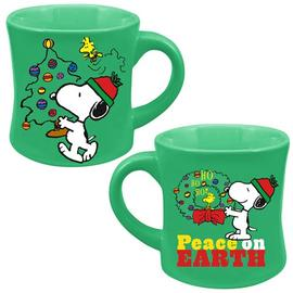 Peanuts - Snoopy Peace On Earth Christmas 12 oz. Fluted Mug