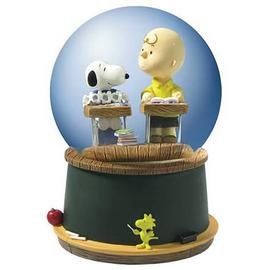Peanuts - Charlie Brown and Snoopy Classroom Water Globe