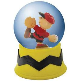 Peanuts - Charlie Brown Pitching Water Globe