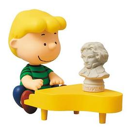 Peanuts - Schroeder and Piano Ultra-Detail Figure