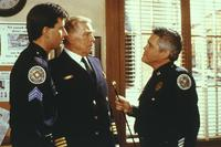 Police Academy 6: City under Siege - 8 x 10 Color Photo #12