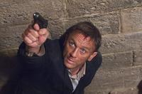 Quantum of Solace - 8 x 10 Color Photo #7