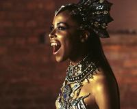 Queen of the Damned - 8 x 10 Color Photo #7