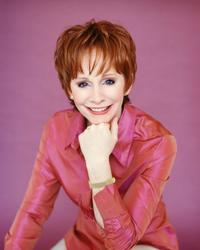 Reba McEntire - 8 x 10 Color Photo #1