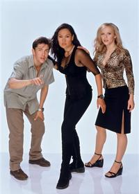 Relic Hunter - 8 x 10 Color Photo #8