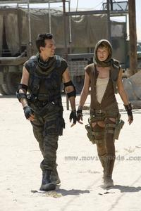 Resident Evil: Extinction - 8 x 10 Color Photo #20