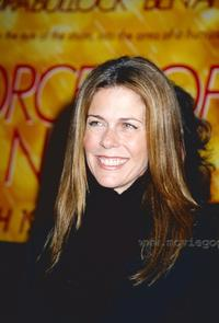 Rita Wilson - 8 x 10 Color Photo #1
