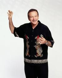 Robin Williams - 8 x 10 Color Photo #4